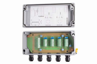 4-Cell-Junction-Box-with-Lightning-Arrestors-(JB4T-AL-SA)-2-cta